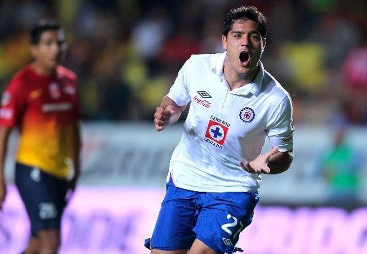 """""""Chuletita"""" Orozco salió al campo con la pólvora seca pues concretó dos goles. (www.mediotiempo.com)"""
