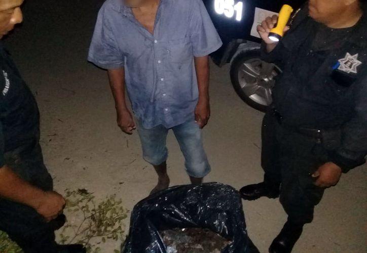 El hombre fue llevado a la comandancia por agentes municipales. (Milenio Novedades)