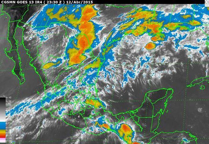 Se prevén tormentas eléctricas, potencial de granizo, vientos fuertes, así como posibles torbellinos y tornados en estados del norte y centro del país. (smn.cna.gob.mx)