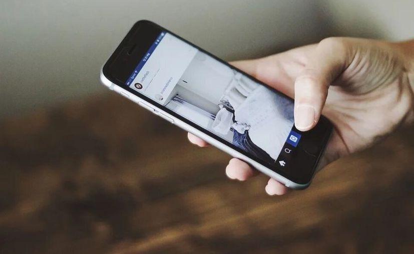 La gente debe evitar el uso del microondas al mismo tiempo que hace videollamadas. (Foto. Pixabay)