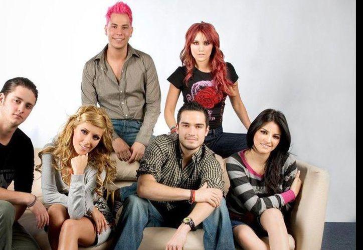 Muchos fans sueñan con volver a ver reunidos en un escenario a los seis integrantes de RBD. (Contexto)