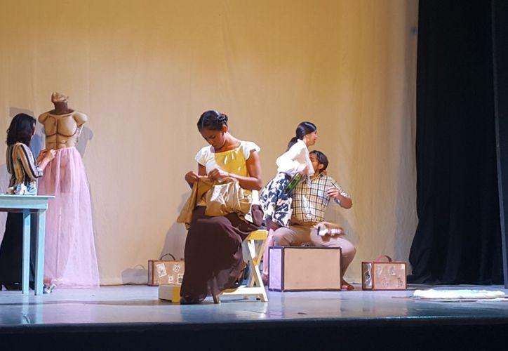 La obra fue presentada en el teatro 8 de Octubre. (Jocelyn Díaz/SIPSE)