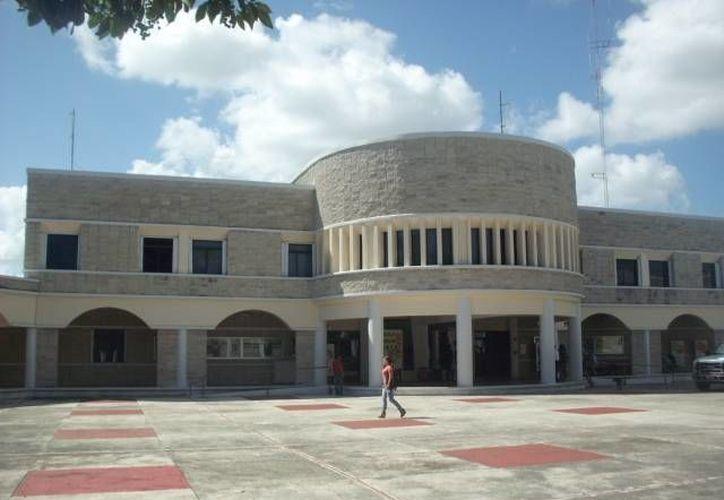 """En el evento participaron el grupo de teatro de la Uqroo y el grupo """"Bicentenario"""", de la Secretaría de Cultura del estado. (Redacción/SIPSE)"""