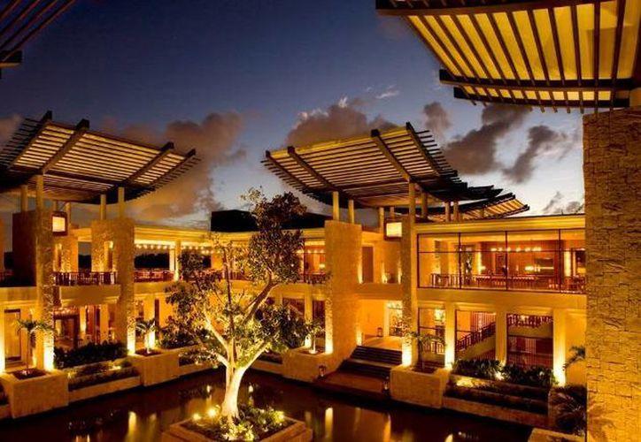 El Hotel Banyan Tree Mayakoba, de categoría cinco estrellas, se ubica en Playa del Carmen. (Foto de Contexto/SIPSE)
