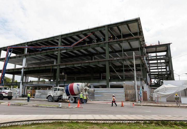 Para enero de este año la mejoría del sector de la construcción empezó a notarse, con mil millones 303 mil 521 pesos. (SIPSE)