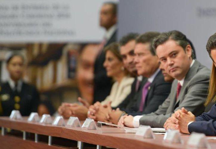Peña Nieto encabezó en Los Pinos la entrega de la Presea 'Lázaro Cárdenas'. (Presidencia)