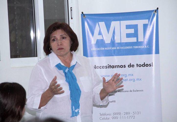 Beatriz Negrón Corrales, presidenta de la Asociación Mexicana de Esclerosis Tuberosa,  difunden información sobre esta enfermedad para que la detección se haga en etapas más tempranas. (Milenio Novedades)
