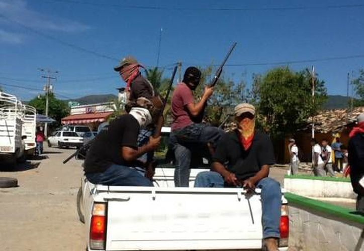 Brigadas de autodefensa surgidas para enfrenar a la delincuencia organizada. (Notimex)