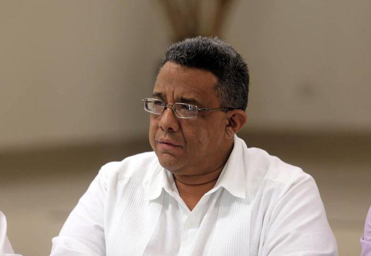 El dirigente de la Canacintra local, Mario Can Marín, dio a conocer el apoyo de los empresarios de Yucatán al presidente Enrique Peña Nieto. (Milenio Novedades)