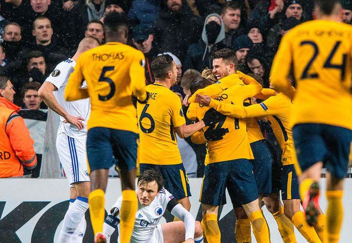 """El equipo del """"Cholo"""" Simeone prácticamente sentenció la eliminatoria tras golear 1-4 en Dinamarca. (Foto: AFP)"""