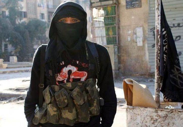 Antes de viajar a Siria, Maria Giulia Segio abandonó su nombre italiano y adoptó el de Fatima Az Zahra.(revistadrini.com)