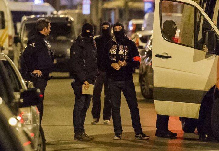 Las autoridades de Bélgica indicaron que detuvieron a un hombre de nacionalidad sueca relacionado con los ataques de Bruselas. (AP)
