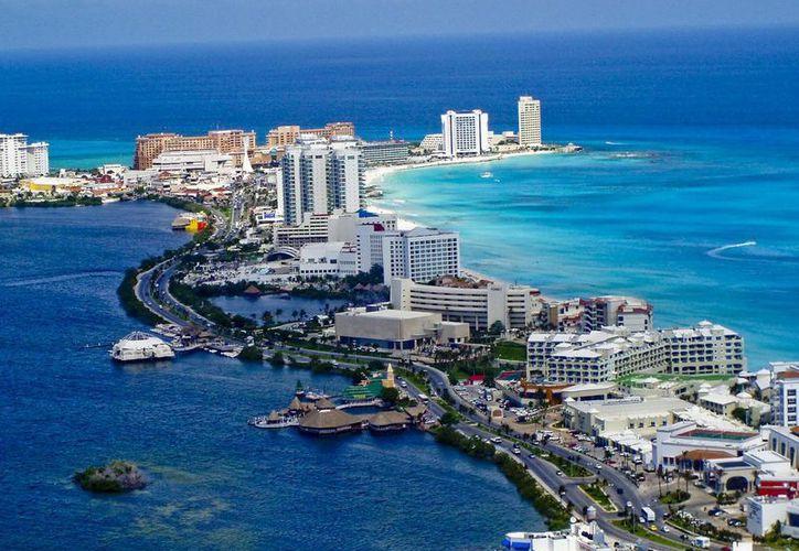 El pasado 20 de abril, Cancún cumplió sus primeros 45 años como Centro Integralmente Planeado (CIP). (Contexto/Internet)