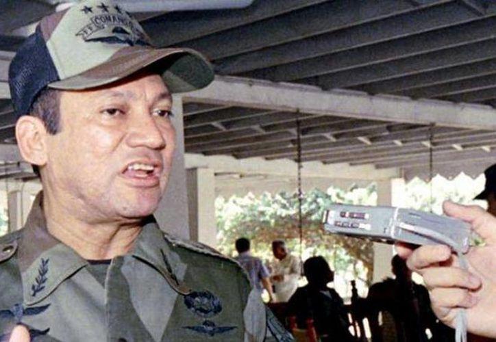 Manuel Noriega fue expulsado de Panamá después por la invasión de Estados Unidos que puso fin al régimen castrense panameño de 21 años. (lavoz.com.ar)