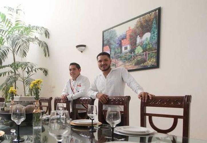 Emprendedores de la empresa Full Cook encontraron la 'receta secreta' en la honestidad y compromiso. (Amílcar Rodríguez/SIPSE)
