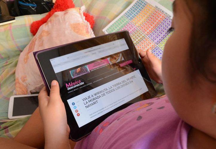 Las ofertas en tiempo real las optimizan para que la persona que ve un anuncio la re-direccione. (Victoria González/SIPSE)