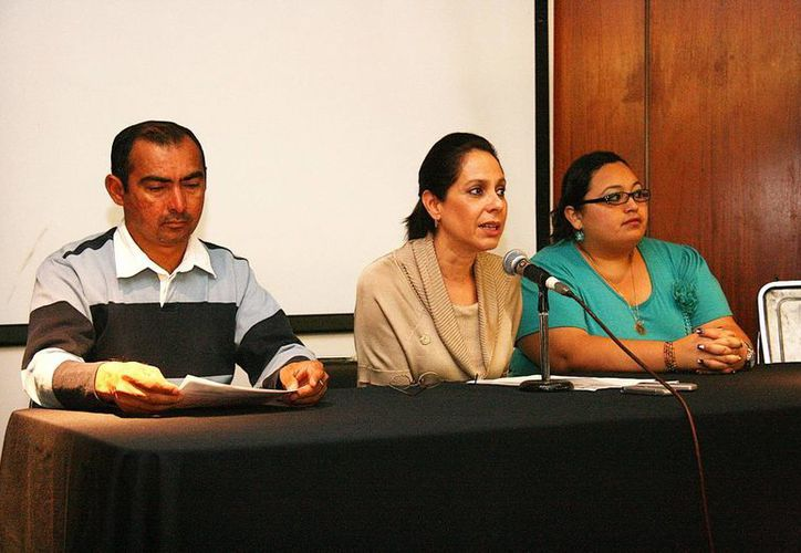 En rueda de prensa se dieron a conocer las actividades por el Mes de la Familia. (SIPSE)