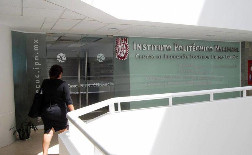 La maestría será impartida en el CEC de Cancún por maestros de la Ciudad de México. (Tomás Álvarez/SIPSE)