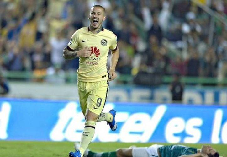 Darío Benedetto marcó por los azulcremas al 77' el gol que le quitó la esperanza al León de avanzar a las semifinales del Torneo de Apertura 2015. (Twitter: @ClubAmerica)