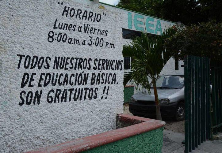El programa de alfabetización del IEEA inicia a partir del martes. (Victoria González/SIPSE)