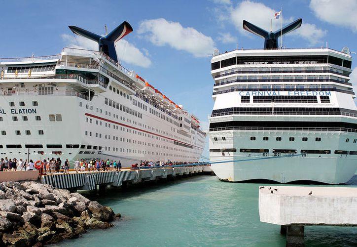 Al muelle de Progreso llegan tres cruceros a la semana, cifra que las autoridades esperan aumentar. (Foto: Progreso Hoy)