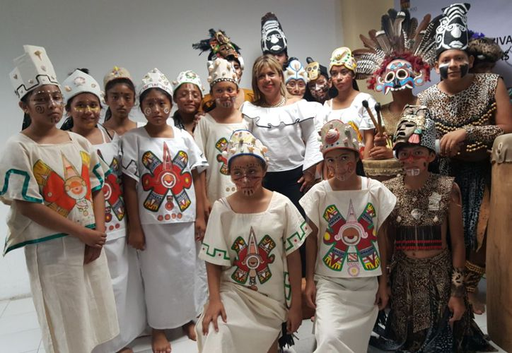 Los Niños Mayas de Cancún mostrarán sus habilidades en la música, baile y teatro. (Jocelyn Díaz/SIPSE)