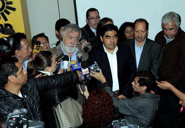 Alejandro Encinas rendirá su informe legislativo este jueves, y en el acto se espera que renuncie a las filas del PRD. (Archivo/Notimex)