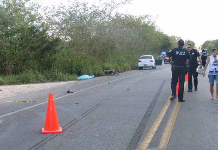 Tras ser atropellado el motociclista falleció al instante. (SIPSE)