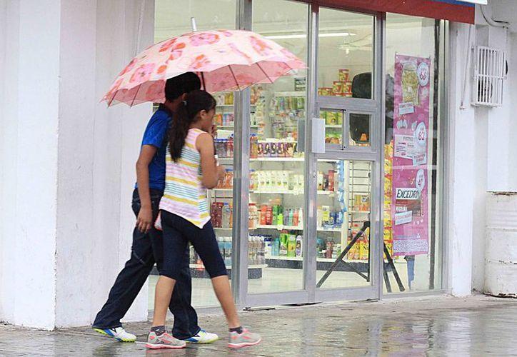 Las lluvia en la capital del Estado, duró aproximadamente dos horas. (Harold Alcocer/SIPSE)