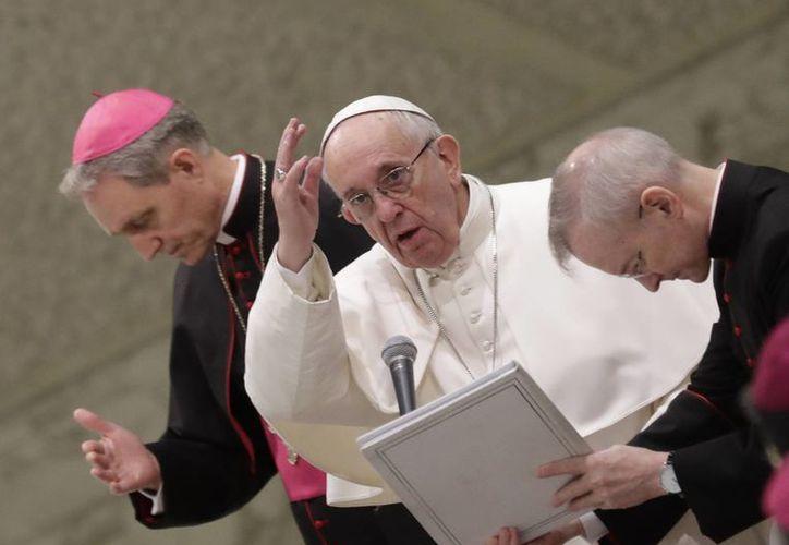 En entrevista, el papa Francisco reconoció la existencia de un problema de corrupción en la cúpula de la Iglesia Católica. (AP/Alessandra Tarantino)