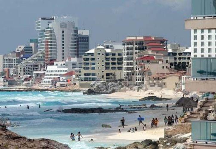 Cancún, es uno de los tres destinos de México que más inversión hotelera recibirá en los próximos dos años. (Internet)