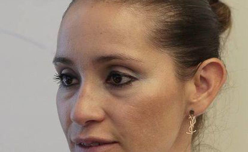 La directora de Asistencia Empresarial de la dependencia, Adrienne Díaz Villanueva, dio a conocer la noticia. (Redacción/SIPSE)