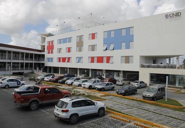 La universidad UNID implementará aulas con estilo ejecutivo para realizar prácticas específicas. (Tomás Álvarez/SIPSE)