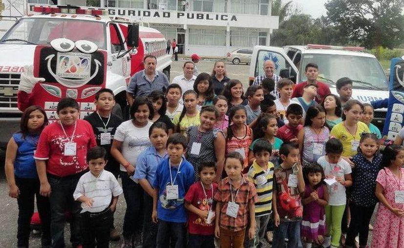 Los niños visitaron el C4 con el fin de conocer el funcionamiento de las instalaciones y hacer correcto uso de ellas. (Redacción/SIPSE)