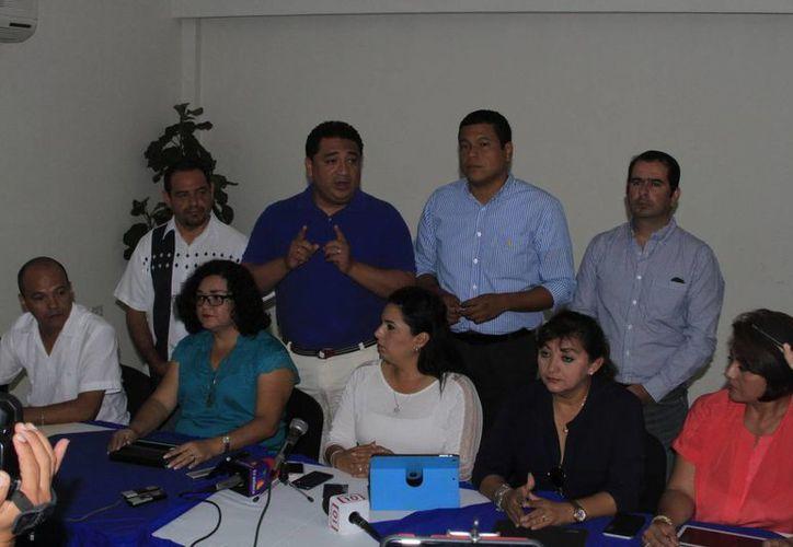 Los diputados electos del PAN pidieron a sus pares que frenen la publicación de las reformas aprobadas el pasado martes. (Ángel Castilla/SIPSE)