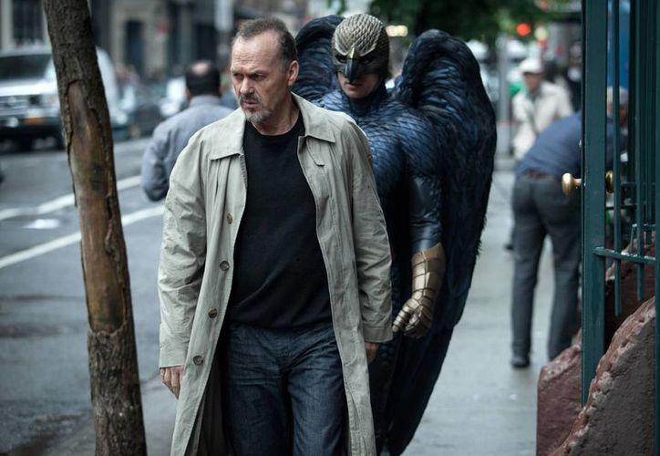 Imagen difundida por Fox Searchlight Pictures , Michael Keaton interpreta Riggan en una escena de Birdman. Keaton fue nominado para un premio Oscar al mejor actor, por su papel en la película. Los Premios Anuales de la Academia 87a tendrá lugar el Domingo, 22 de febrero 2015 en el Teatro Dolby en Los Ángeles. (Agencias)