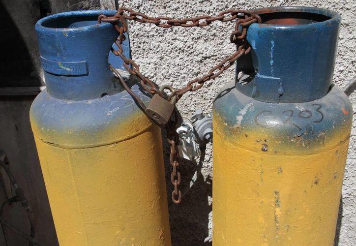 La Profeco, en Cancún, registra quejas en contra de las empresas gaseras por tanques dañados. (Tomás Álvarez/SIPSE)