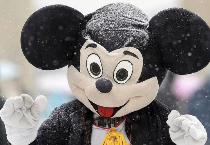 """La colección conmemorativa de Niue, """"Mickey y sus amigos"""" está formada además por otras cinco monedas que incluye a Minnie, el pato Donald, Daisy, Pluto y Goofy. (EFE/Archivo)"""