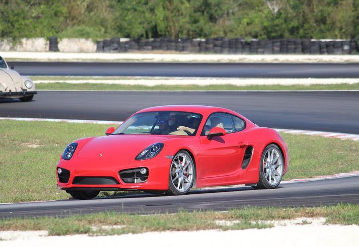 """Realizan la segunda edición del """"track day"""" para automovilistas y motociclistas en el autódromo """"Emerson Fittipaldi"""". (Facebook/ Autódromo Yucatán)"""