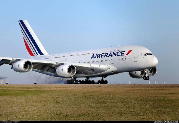 Con el acuerdo bilateral entre Francia y México existe la posibilidad de aumentar la capacidad y generar mayor tráfico de pasajeros. (elaviadorsv.net)