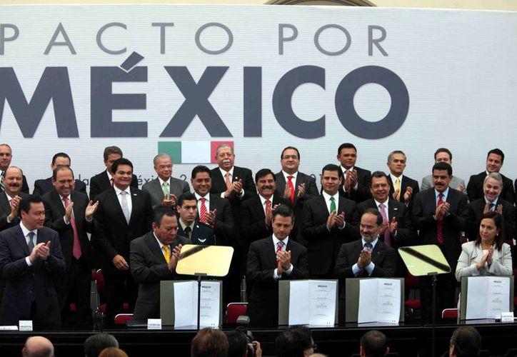 Varios gobernadores panistas no asistieron a la firma del acuerdo. (Agencia Reforma)