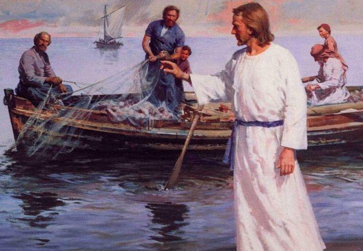 Cuando Jesús se sube a nuestra barca -tal como lo hizo en la de los apóstoles- la tempestad se calma, dice la homilía de hoy. (padrenuestro.net)