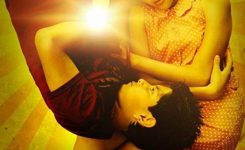 El segundo largometraje de Cuarón retrata la historia de Nacho y Mayra, unos jovenes tepiteños que a su forma viven el amor trágico de Romeo y Julieta. (Facebook oficial)