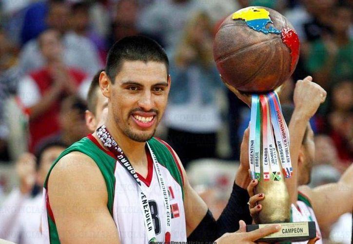 El mexicano Gustavo Ayón recibió un premio de consolación, pues aunque a su equipo, el Real Madrid de basquetbol, no le fue bien, el fue distinguido en una quinteta ideal. (oronoticias.com.mx/Foto de contexto)