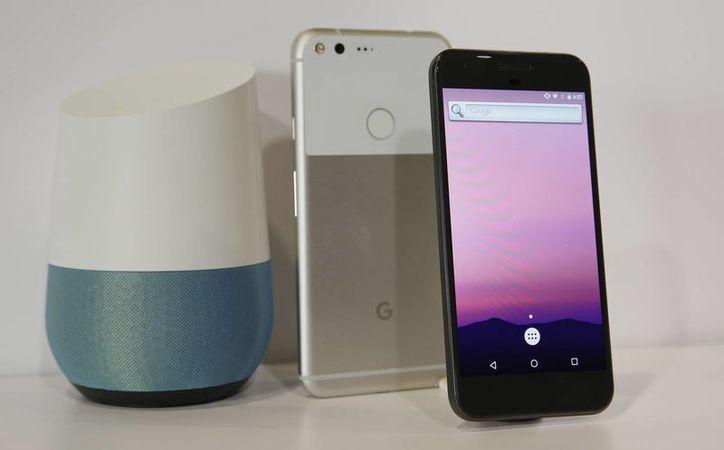 Los dispositivos móviles tendrán una pantalla de 5 y 5.5 pulgadas, al igual que un procesador Snapdragon 821 y 4 GB de memoria RAM. (Eric Risberg/AP)