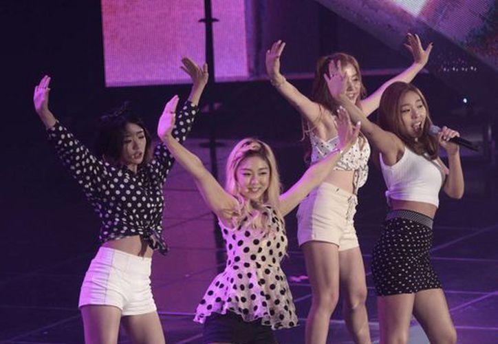 El grupo sudcoreano Ladies' Code está de luto por la muerte de dos de sus integrantes a causa de un accidente. (AP)