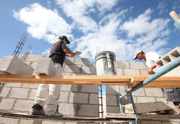 Entre las obras más significativas se encuentran la reparación o construcción de sanitarios y comedores comunitarios. (SIPSE)