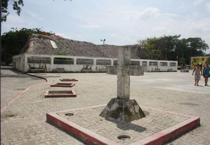 Las fiestas en honor a la Santa Patrona de Tulum iniciaron el 30 de septiembre. (Sara Cauich/SIPSE)