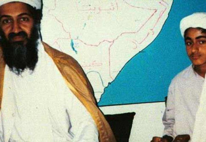 Según los servicios secretos, el hijo de Bin Laden se prepara a tomar el mando de Al Qaeda y unificar a los yihadistas del mundo entero bajo un mismo nombre. (Internet/Contexto)