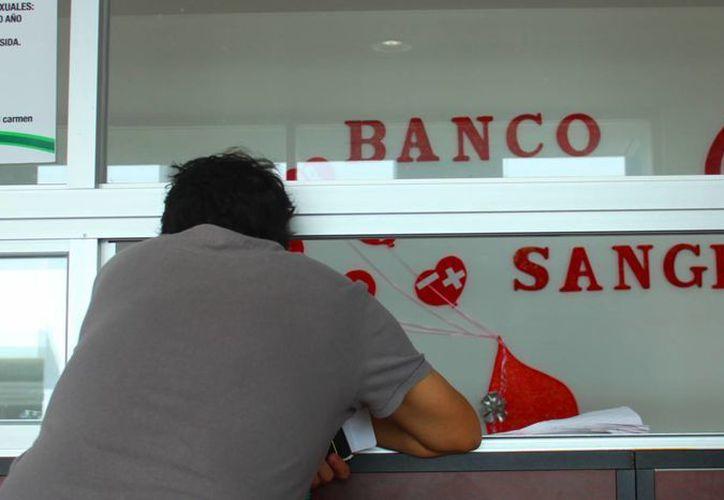 Durante el primer mes del año se registraron 12 donadores de sangre; en 2013 había 20 al mes. (Daniel Pacheco/SIPSE)